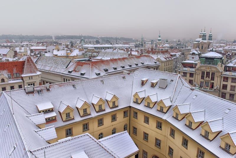Telhados nevado de Prag fotos de stock royalty free