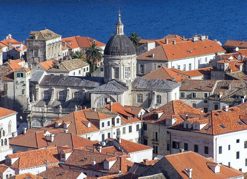 Telhados telhados vermelhos de Dubrovnik fotografia de stock