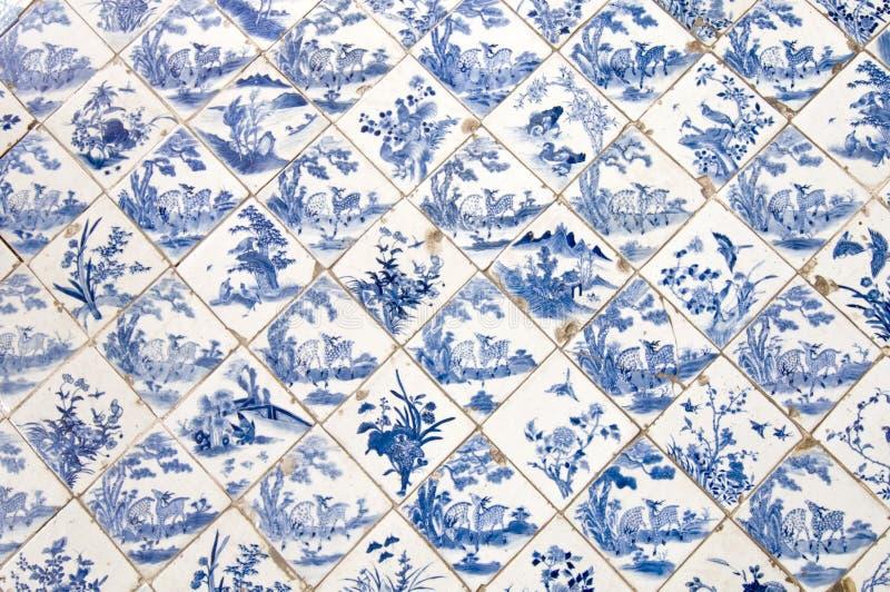 Telhas cerâmicas de chinês tradicional imagens de stock