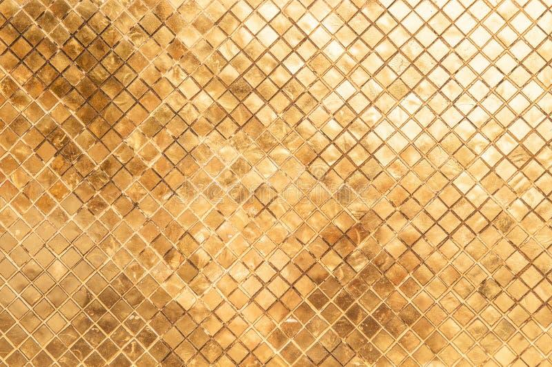 Telhas de mosaico decorativas cerâmicas do artesão do palácio grande de Banguecoque foto de stock royalty free