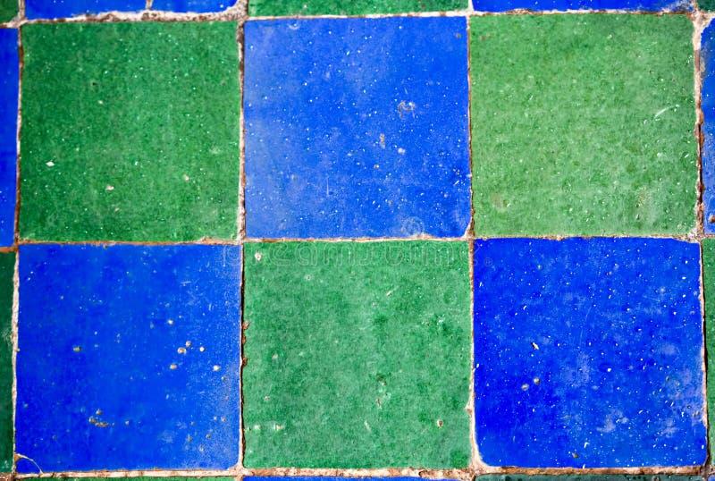 Telhas de mosaico do verde azul foto de stock royalty free