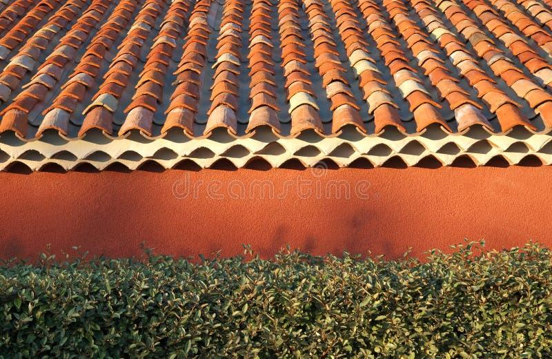 Telhas de telhado do Terracotta foto de stock