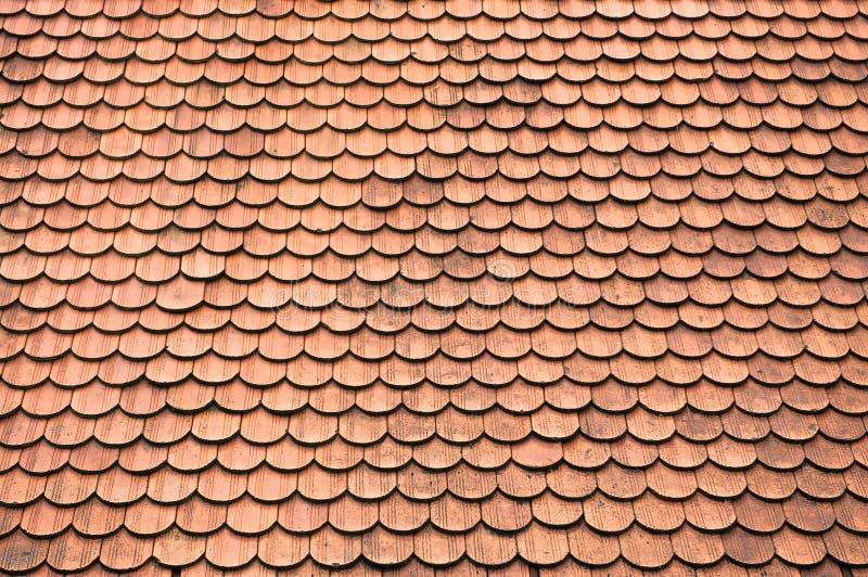Telhas no telhado velho do castelo imagens de stock royalty free