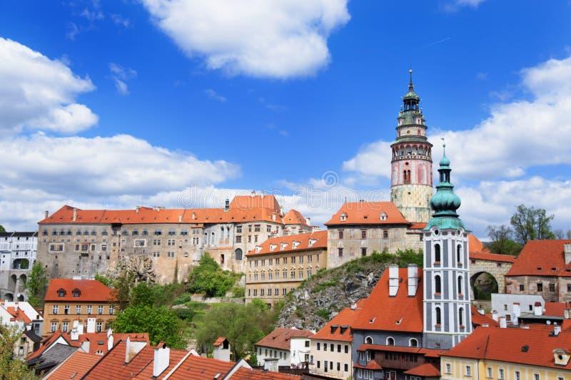 Telhe a vista no castelo do estado em Cesky Krumlov República Checa fotos de stock
