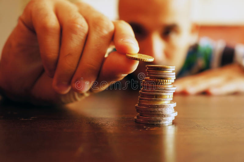 Tellend geld stock fotografie