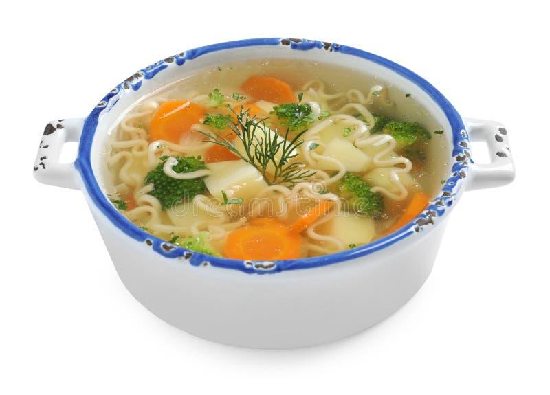 Teller der frischen selbst gemachten Gemüsesuppe auf Weiß stockfotos