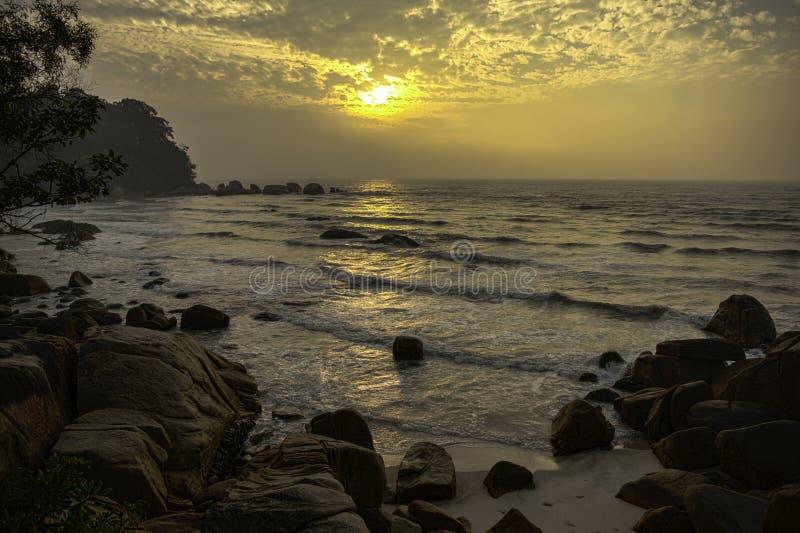 Telok Chempedak,关丹,彭亨,马来西亚,海边,日出 免版税库存照片