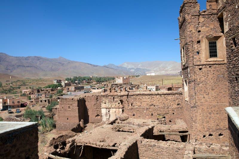 Telouet alte kasbah Ruinen und Dorf stockbild