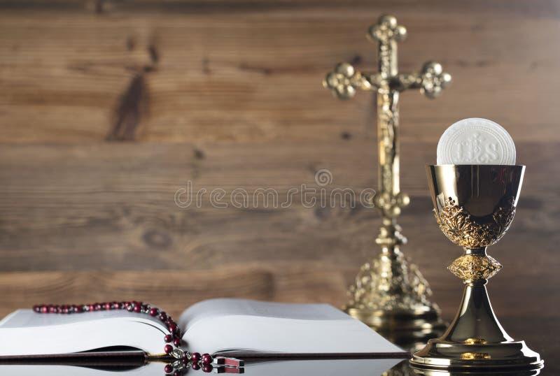 Tema católico da religião - conceito do comunhão santamente fotos de stock