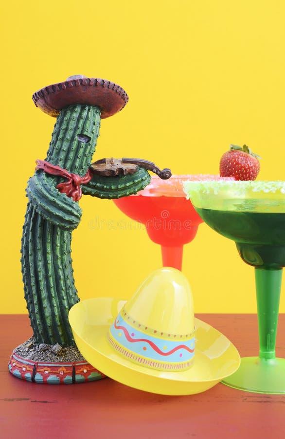 Tema colorido feliz do partido de Cinco de Mayo foto de stock