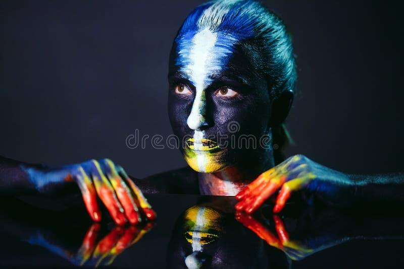 Tema creativo di body art di bellezza e di trucco fotografia stock libera da diritti