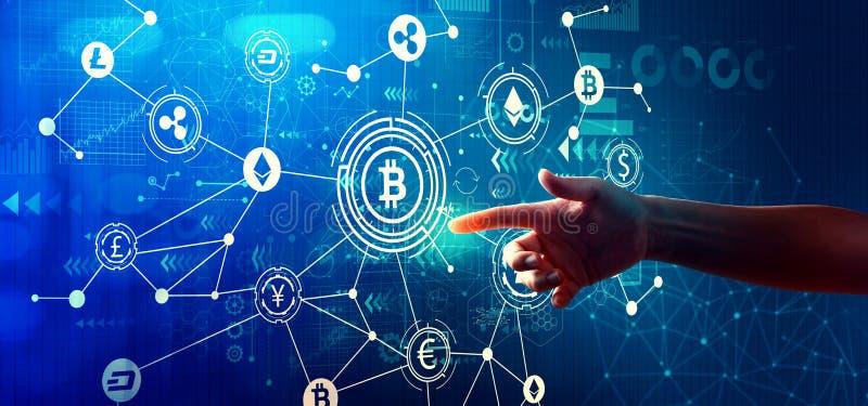 Tema de Cryptocurrency com pressão de mão um botão foto de stock