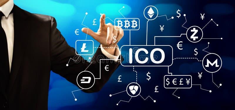 Tema de Cryptocurrency ICO com homem de neg?cios fotos de stock royalty free