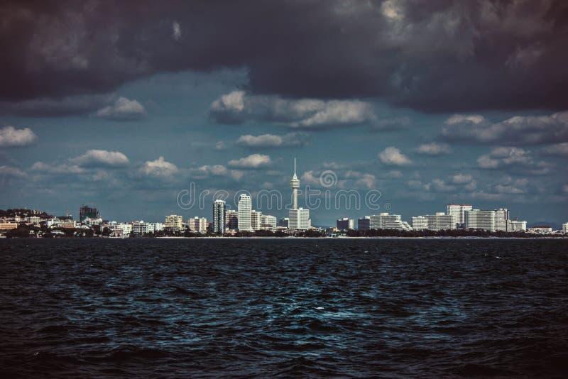Tempête d'horizon de Pattaya photo stock