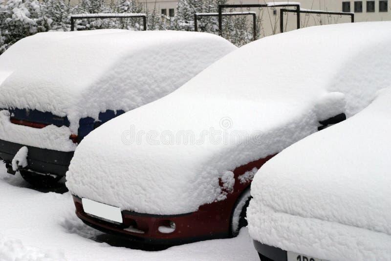 Tempête de neige dans la ville. images libres de droits