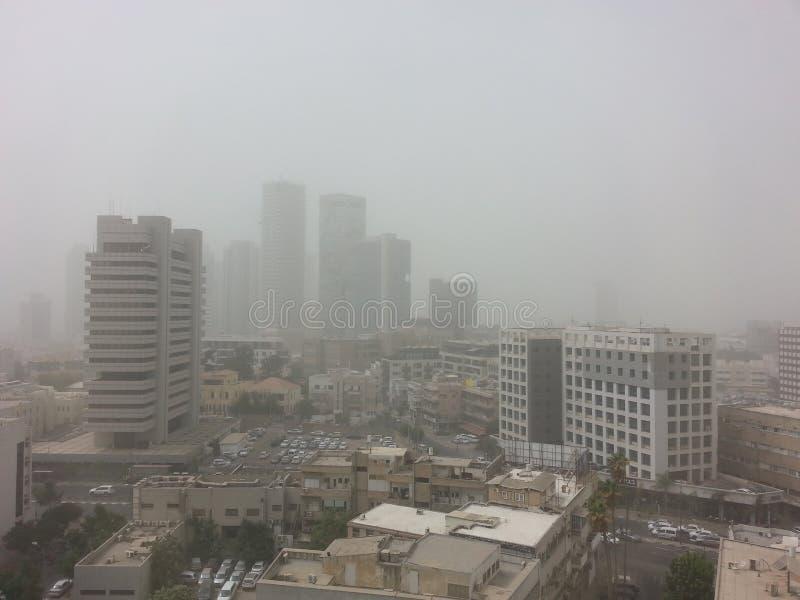 Tempête de sable massive de Moyen-Orient à Tel Aviv, Israël photo stock
