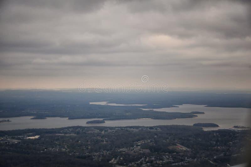 Tempête nuageuse, vue aérienne de J Percy Priest Reservoir en dehors de Nashville Tennessee photos stock