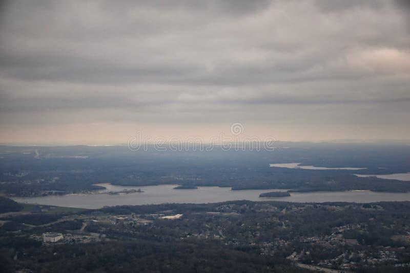 Tempête nuageuse, vue aérienne de J Percy Priest Reservoir en dehors de Nashville Tennessee photographie stock