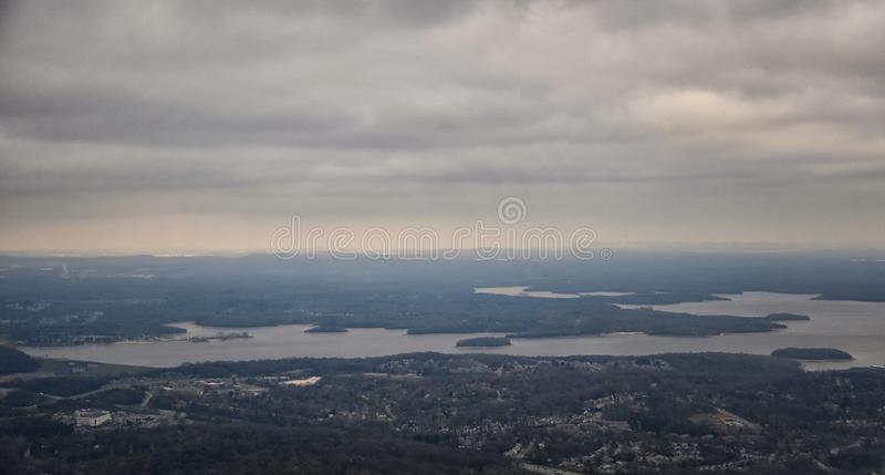 Tempête nuageuse, vue aérienne de J Percy Priest Reservoir en dehors de Nashville Tennessee photo libre de droits