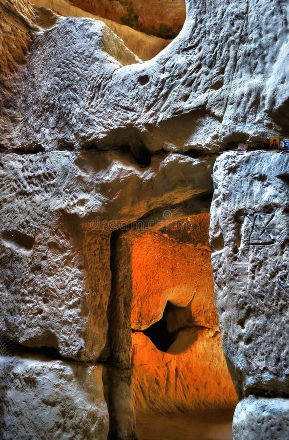 Tempel av öden på Sinca Veche royaltyfri bild