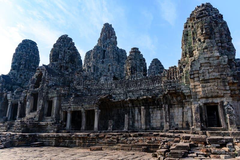 Tempel av Angkor Thom, Cambodja Angkor Thom var lasten och mest best?ende huvudstad av Khmerv?ldet arkivbild