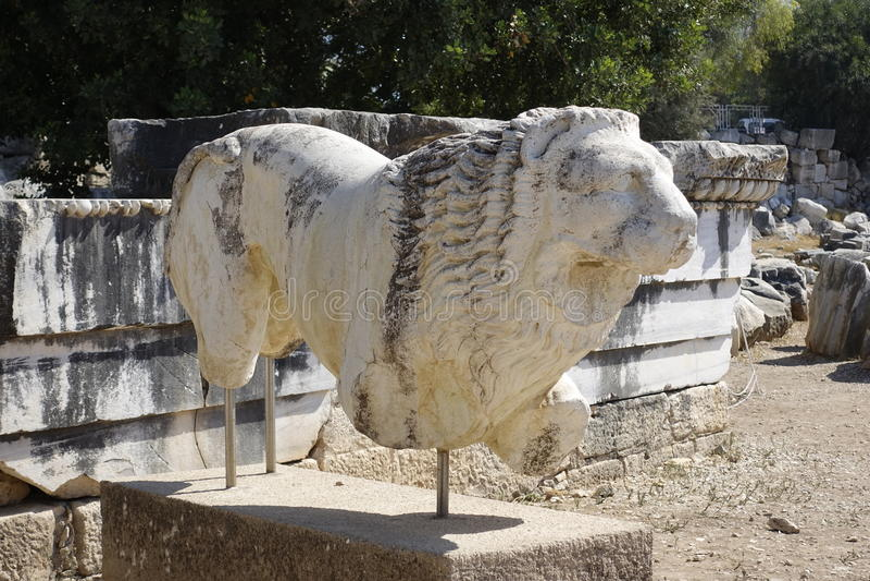 Tempel av Apollon - Didyma/Turkiet royaltyfri fotografi
