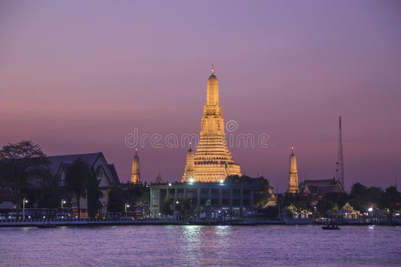 Tempel av gryning eller tempel av Dawn Wat Arun i Bangkok, Thailand arkivbilder