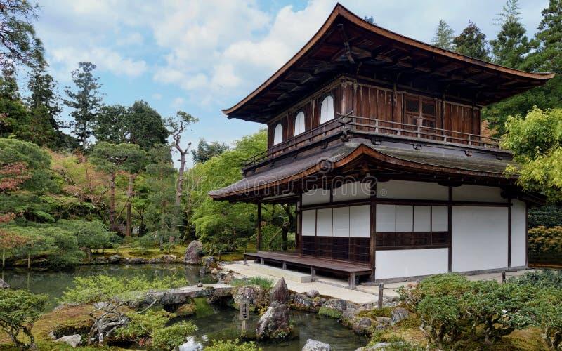 Tempel av silverpaviljongen, Kyoto royaltyfri fotografi