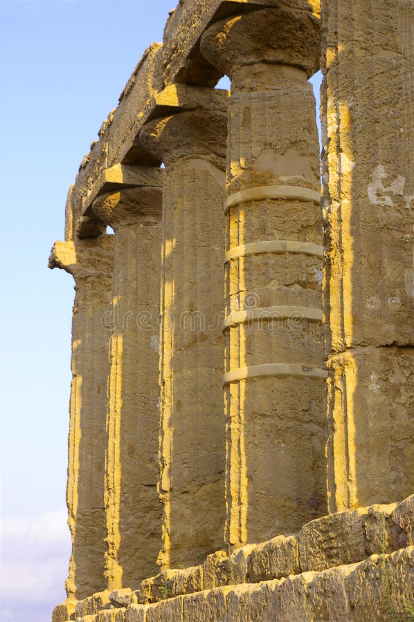 Tempel der Hera Spalten lizenzfreie stockfotografie