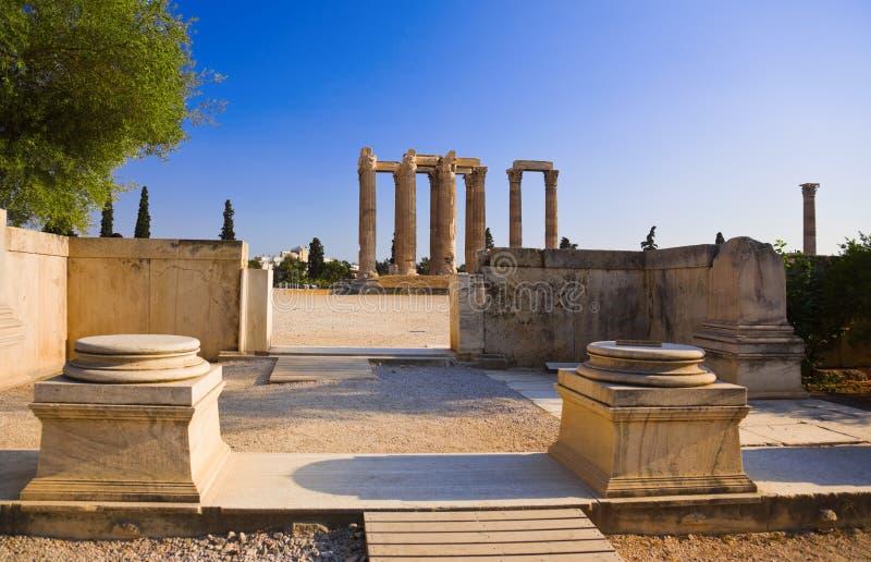 Tempel des olympischen Zeus in Athen, Griechenland lizenzfreie stockbilder