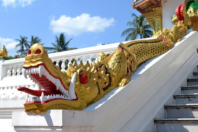 Tempel Dragon Luang Prabang Laos royaltyfria foton