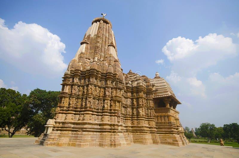 TEMPEL för DEVI JAGDAMBA, fasad - tillbaka sikt, västra grupp, Khajuraho, Madhya Pradesh, UNESCOvärldsarv arkivfoto