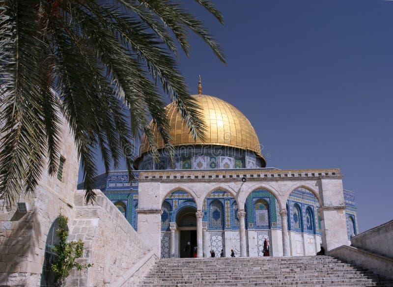 tempel för kupolmonteringsrock arkivfoto
