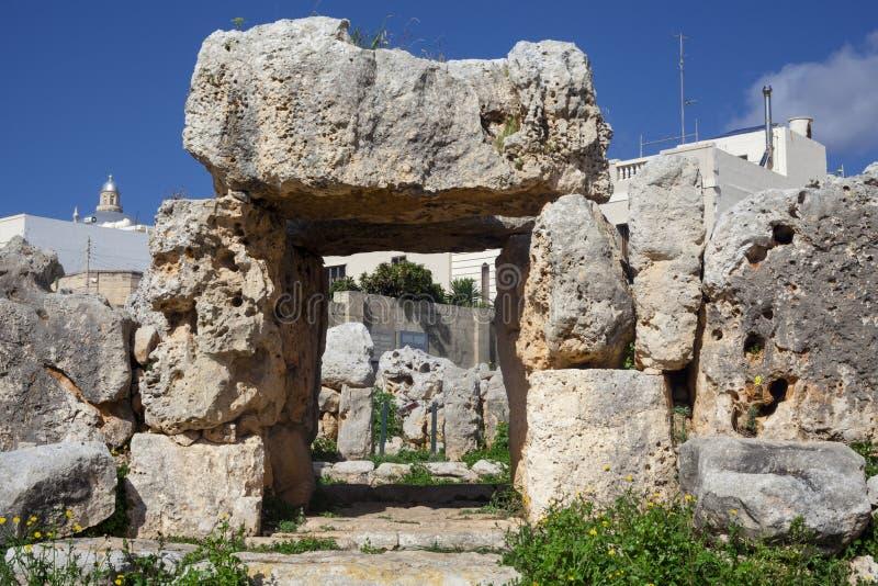 Tempel för Ta Hagrat | Inmense megalitisk sten royaltyfria foton