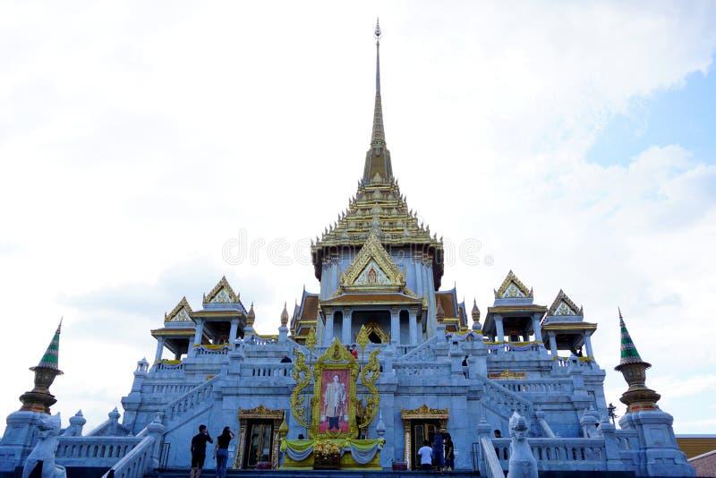 Tempel för wiharn för wora för Wat traimitwitthayaram, offentlig gränsmärke av dyrkan royaltyfri fotografi