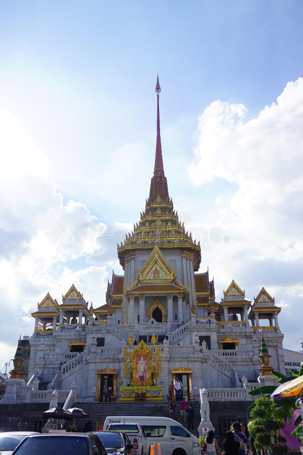 Tempel för wiharn för wora för Wat traimitwitthayaram, offentlig gränsmärke av dyrkan arkivfoto