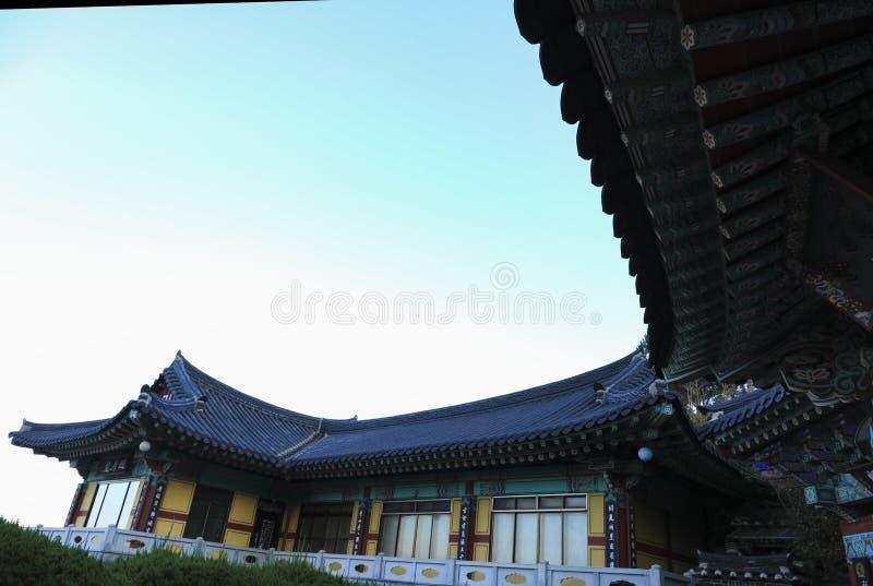 Tempel Haedong Yonggungsa in Busan, Südkorea lizenzfreie stockbilder