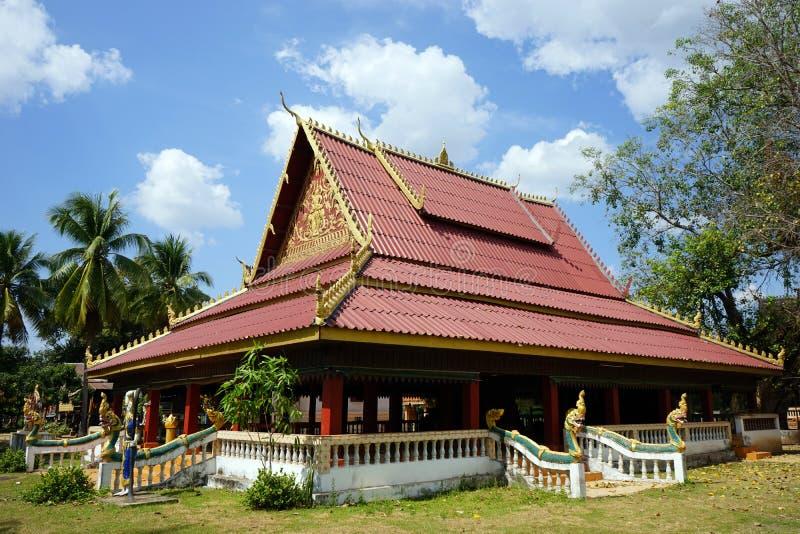 Tempel i buddistisk wat royaltyfri fotografi