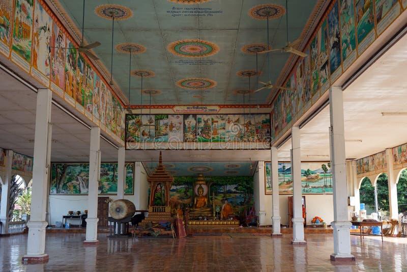 Tempel i buddistisk wat royaltyfri foto