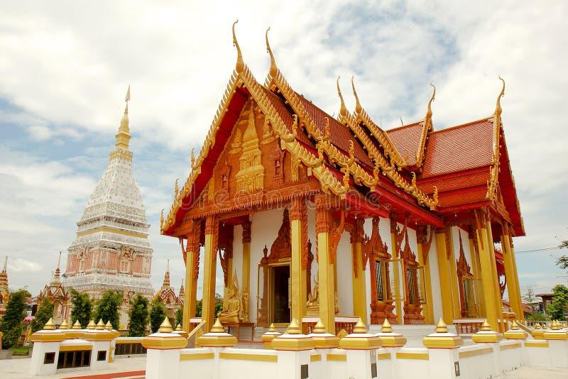 Tempel i Renunakhon Nakhonphanom Thailand royaltyfria foton