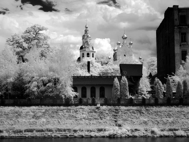 Tempel in infrared stock afbeeldingen