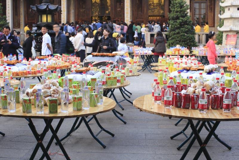 Tempel liefern freies Lebensmittel stockfoto