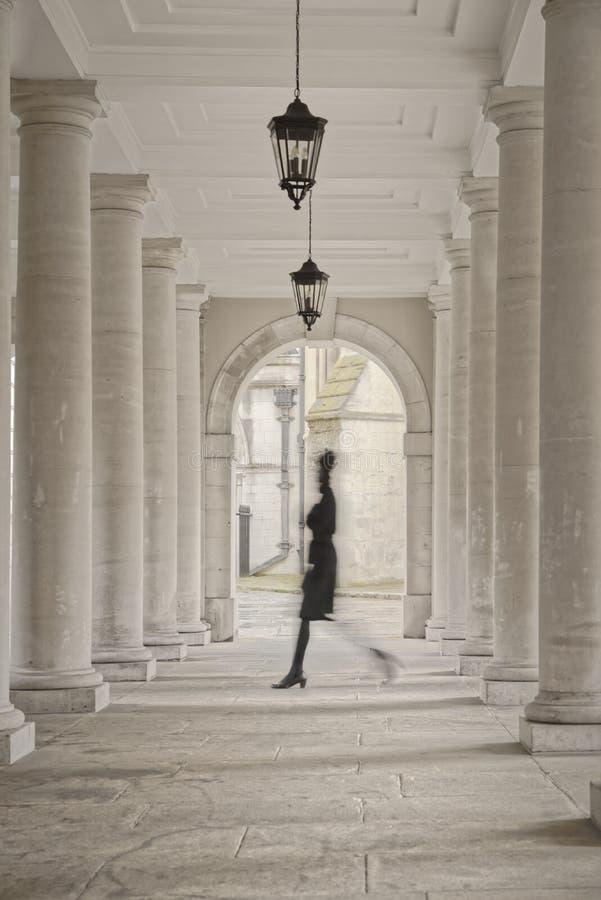 Tempel, London, England: Kolonnadensäulen stockfoto