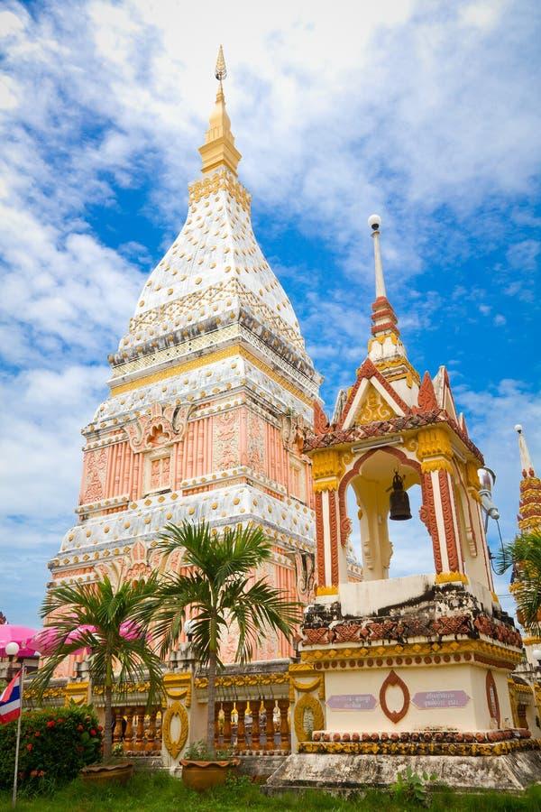 Tempel in Renunakhon Nakhonphanom Thailand lizenzfreie stockbilder