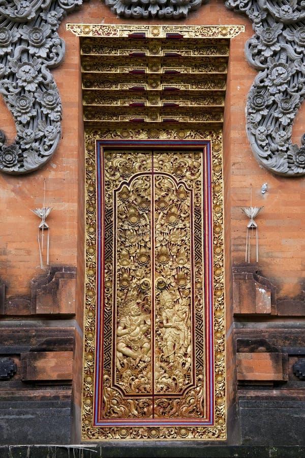 Tempel-Türen bei Pura Petitenget, Bali, Indonesien lizenzfreie stockfotos
