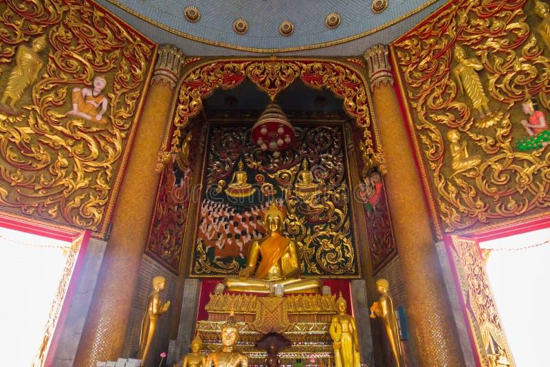 Tempel thai buddha i Thailand på Kanchanaburi arkivbilder