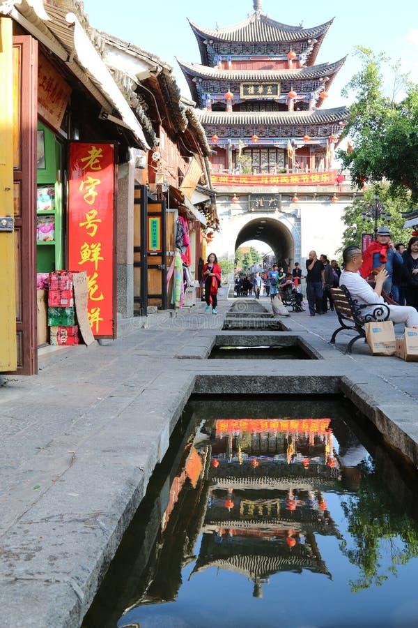 Tempel van de stijl van Tibet in Shangrila, Yunnan, China royalty-vrije stock afbeeldingen