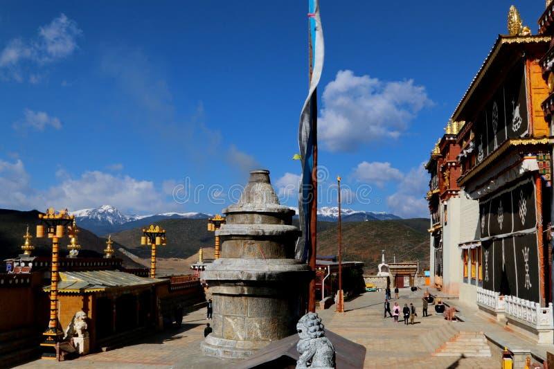 Tempel van de stijl van Tibet in Shangrila, Yunnan, China royalty-vrije stock afbeelding