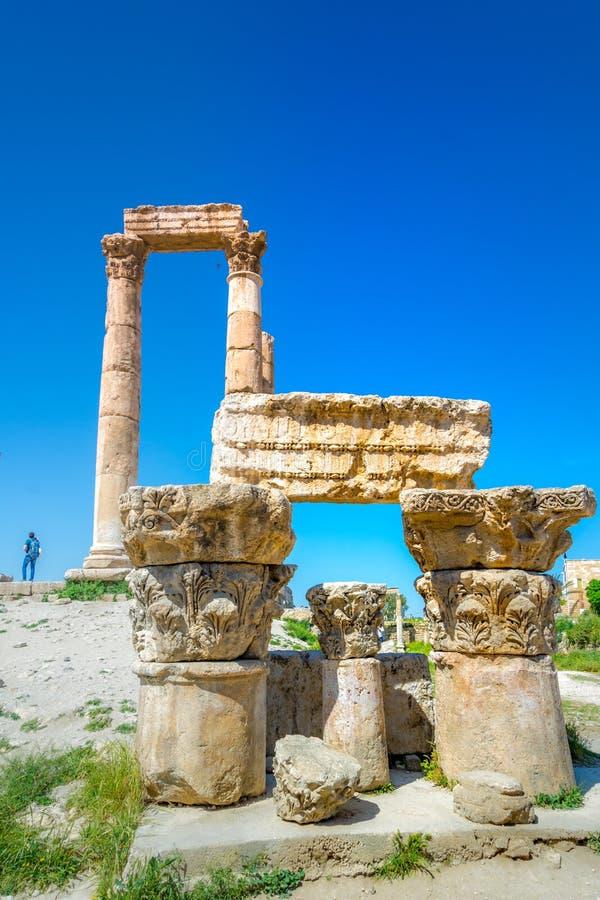 Tempel van Hercules bij Amman Citadel in Amman, Jordani? royalty-vrije stock afbeelding