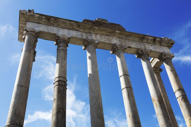 Tempel van Saturn, Roman Forum, Rome, Italië stock afbeeldingen